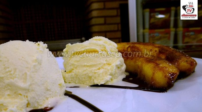 Como Fazer Banana Caramelizada com Sorvete