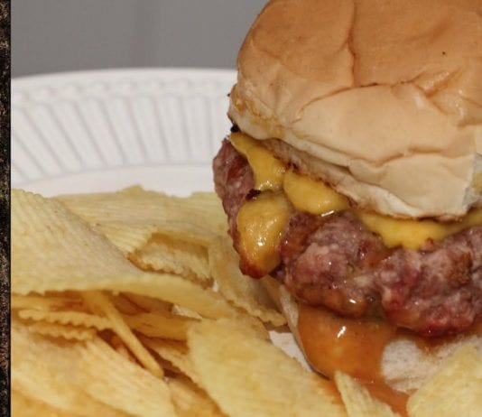 Receita de Texas Burger com Molho Picante - BBQ em Casa